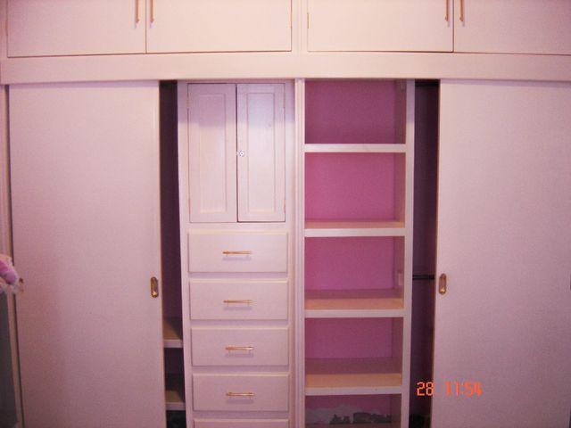 closet en madera de banak color blanco semi-mate ...
